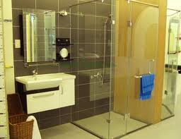 Vách kính tắm